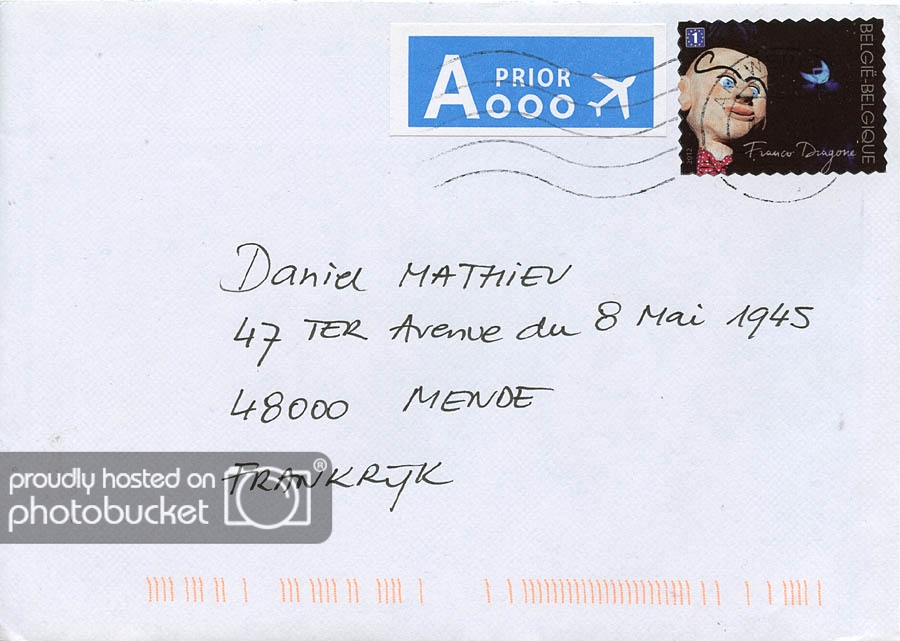 adresse une lettre
